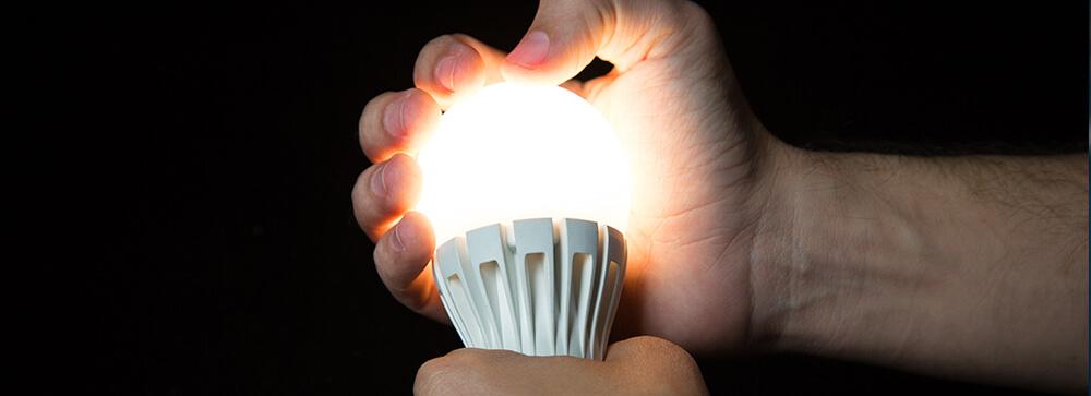 4 - Lâmpadas de LED precisam de um tempo para esquentar